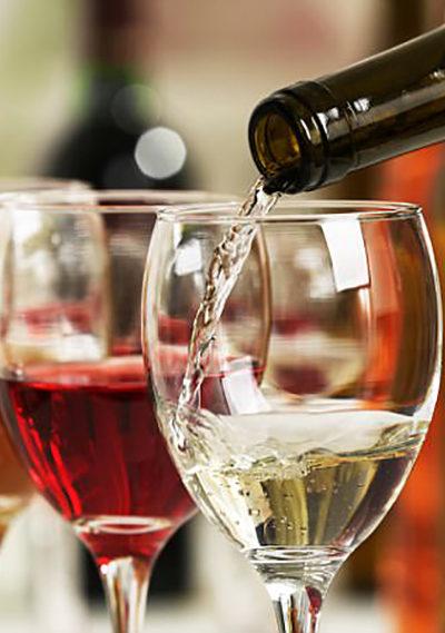 el-experto-revela-por-que-has-estado-sirviendo-vino-incorrecto
